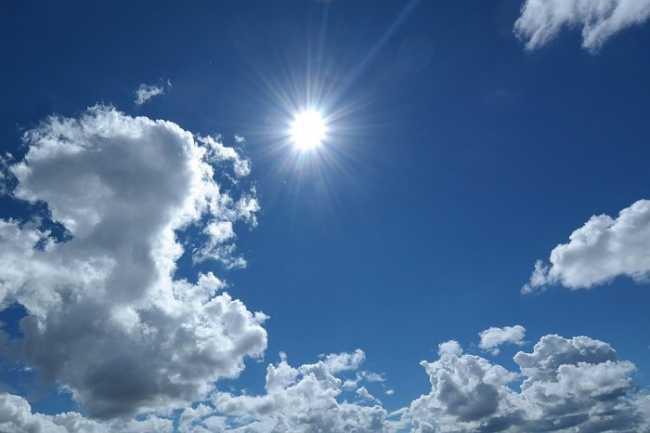 sole cielo blu