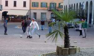 calcio piazza arona