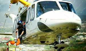 soccorso alpino elicottero 118 bianco medico